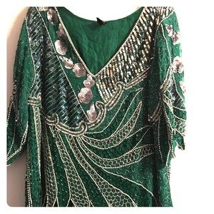 Tops - 100% silk green sequined blouse